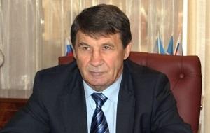 Советский российский политический и государственный деятель, третий губернатор Магаданской области (2003—2013), беспартийный