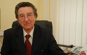 Российский государственный деятель, первый заместитель председателя комитета Государственной Думы по транспорту и строительству