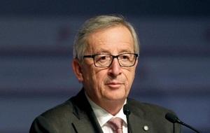 Люксембургский и общеевропейский государственный и политический деятель, с 1 ноября 2014 года Председатель Европейской комиссии, премьер-министр Люксембурга (с 20 января 1995 по 4 декабря 2013 года), министр финансов Люксембурга (1989—2009), глава еврогруппы (англ. Euro Group, клуб министров финансов стран еврозоны).