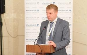 Заместитель руководителя Федерального агентства по обустройству государственной границы РФ (Росграница), работал в постоянном представительстве России в НАТО
