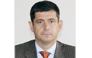 Заместитель руководителя Службы Банка России по финансовым рынкам (СБРФР), бывший Заместитель руководителя «Федеральной службы по финансовым рынкам»