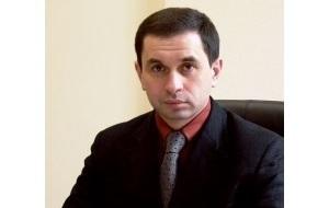 Предприниматель, менеджер, совладелец и генеральный директор Промышленно-металлургического холдинга (металлургический холдинг «Кокс»)