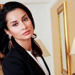 Российская журналистка, телеведущая, продюсер и общественный деятель. Наиболее известная по интеллектуальной игре «Самый умный», выходившей на СТС