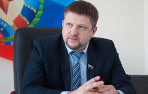 Политический деятель, депутат, бывший председатель Республиканского собрания (Верховного Совета, Народного Совета) непризнанной Луганской Народной Республики. Получил известность в 2014 году в ходе «Русской Весны».