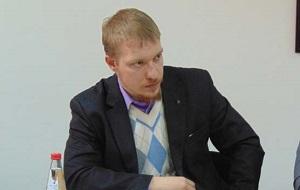 Лидер Союза Молодежи, Помощник депутата Госдумы, Председатель партии «Национальный курс»