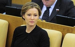 Российская актриса театра и кино, депутат Госдумы VI созыва, общественный деятель