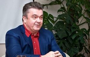 Российский предприниматель, основатель шоколадной фабрики «А. Коркунов», вице-президент Общероссийской общественной организации малого и среднего предпринимательства «Опора России»