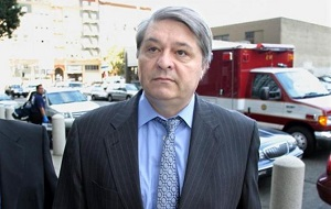 Украинский государственный деятель, премьер-министр Украины с мая 1996 по июль 1997, коррупционер. Государственный служащий 1-го ранга (апрель 1994). Доктор экономических наук.