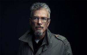 Русский писатель, поэт, публицист, российский политический деятель