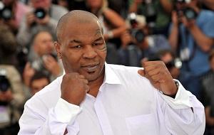 Американский боксёр-профессионал, выступавший в тяжёлой весовой категории; один из самых известных и узнаваемых боксёров в истории мирового бокса.