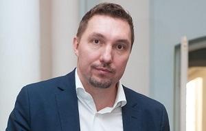 Российский предприниматель, интернет-омбудсмен, член экспертного совета «Агентства стратегических инициатив» и генерального совета «Деловой России». Возглавляет компанию Radius Group.