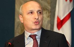Грузинский политический и военный деятель. С 2004 по 2012 год возглавлял МВД, в 2012 году был премьер-министром Грузии. Генеральный секретарь партии «Единое национальное движение»