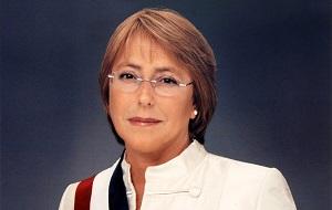 Президент Чили c 11 марта 2006 по 11 марта 2010 года и c 11 марта 2014 года от Социалистической партии Чили. Первая в истории Чили женщина, избранная на пост главы государства. Дипломированный медик-хирург и эпидемиолог, в своё время она также изучала военную стратегию