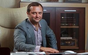 Российский предприниматель, совладелец и топ-менеджер ряда крупных компаний