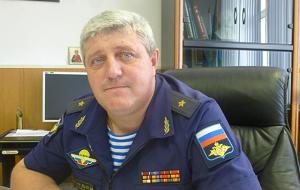 Командир 76-й гвардейской Черниговской Краснознамённой десантно-штурмовой дивизии