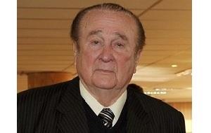 Парагвайский футбольный функционер, президент КОНМЕБОЛ с 1986 по 2013 год, рекордсмен по продолжительности пребывания на этом посту