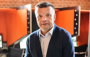 Российский журналист, телеведущий, режиссёр и актёр.