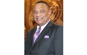 Багамский политик, премьер-министр Багамских островов с 8 мая 2012 года, ранее был премьер-министром с 2002 по 2007 год. Он также является бывшим спортсменом