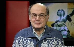 Российский гражданский активист, публицист, бывший директор Музея и общественного центра им. А. Д. Сахарова (с 1996 по 2008 год), кандидат геолого-минералогических наук