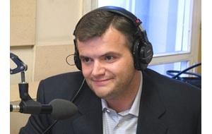 Российский медиаменеджер, являлся генеральным директором телекомпании НТВ в период с января 2003 по июль 2004 года