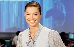 Российская телеведущая. Ведёт информационную программу «Вести» на телеканале «Россия», лауреат премии «ТЭФИ»