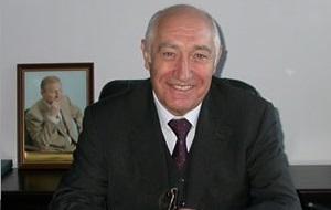 Генеральный директор акционерного общества «Новокраматорский машиностроительный завод», народный депутат Украины. Кандидат экономических наук (1997), доктор экономических наук (2001)