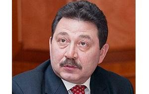 Известный российский бизнесмен, первый председатель кооператива «Озеро», бывший генеральный директор ЗАО «Петербургская топливная компания», бывший генеральный директор ОАО «Техснабэкспорт» (Tenex)