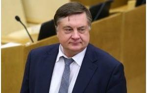 Российский журналист и телеведущий, продюсер, политический деятель
