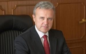 Российский государственный деятель, политик. Исполняющий обязанности Губернатора Красноярского края с 29 сентября 2017 года.
