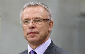 Советский и российский хоккеист, государственный деятель, Депутат Государственной Думы седьмого созыва,