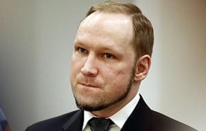 Норвежский террорист, националист, протестантский фундаменталист, организатор и исполнитель взрыва в центре Осло и нападения на молодёжный лагерь правящей Норвежской рабочей партии 22 июля 2011 года. В результате терактов погибло 77 человек и 151 получили ранения.
