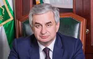 Абхазский государственный и политический деятель, Президент Республики Абхазия.