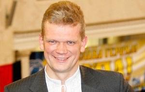 Украинский политик, юрист, депутат Верховной рады VII созыва, бывший глава харьковского отделения ВО «Свобода», министр аграрной политики и продовольствия Украины в 2014 году