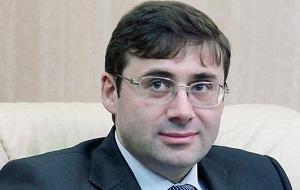 Российский экономист, банкир. Директор Департамента операций на финансовых рынках Банка России (2003—2011), первый заместитель председателя Банка России.