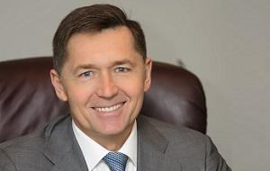 Совладелец АКБ «Ижкомбанк», Генеральный директор ООО «Комос Групп»