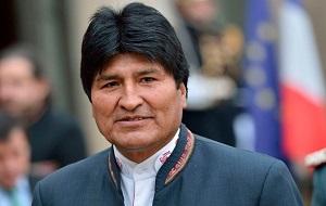 Президент Боливии. По национальности аймара, он является первым представителем коренного населения Америки, руководящим Боливией за более чем 400 лет со времён начала испанской колонизации