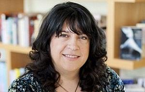 Английская писательница, автор эротического бестселлера «Пятьдесят оттенков серого» (2011)