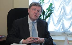 Советский и российский политический деятель, экономист