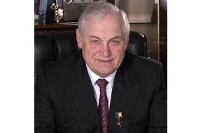 В прошлом украинский промышленник. Доктор экономических наук, профессор. Почётный профессор УГХТУ