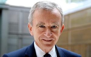 Французский бизнесмен, президент группы компаний Louis Vuitton Moët Hennessy. Один из богатейших людей планеты. Его состояние составляет 34 миллиарда долларов США, по версии журнала «Forbes» 2016 года. Командор ордена Почётного легиона.