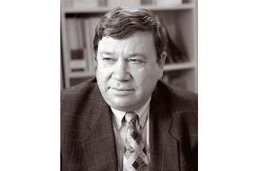"""Президент Академии менеджмента и рынка с 1992 г., президент Акционерный банк """"Инкомбанк"""" с ноября 1999г."""