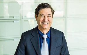 Американский венчурный капиталист, партнёр фонда Accel Partners, президент Accel Management Company и основатель/CEO Breyer Capital