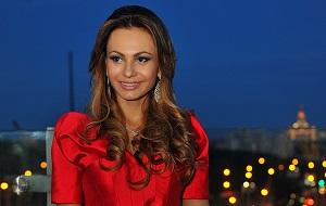 Модель, Отказалась от титула «Миссис Россия-2012»