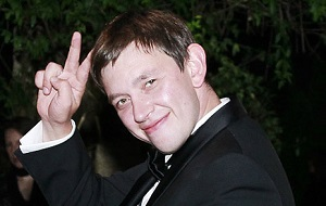 Российский банкир и основатель группы Stars-Bridge, Бывший совладелец Совкомбанка, писатель, философ, архитектор, скульптор и кинематографист.