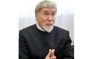 Литературный критик, литературовед, прозаик, секретарь правления Союза писателей России