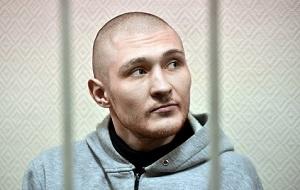 Астраханский оппозиционер, Обвиняемый в участии в массовых беспорядках и применении насилия к сотруднику полиции на Болотной площади 6 мая 2012 года.