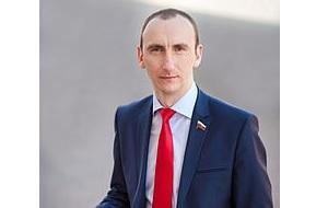 Российский политический деятель, член Совета Федерации от Брянской области (с 2012 по сентябрь 2015 года), кандидат в губернаторы Брянской области от партии ЛДПР в 2012 году