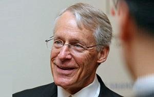 Американский бизнесмен миллиардер, совладелец крупнейшей компании «Wal-Mart»