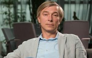 Украинский телевизионный менеджер, предприниматель, авдокат. Владелец FILM.UA Group, экс-председатель правления «Украинской независимой ТВ-корпорации» (телеканал «Интер»)