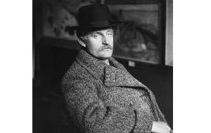 Норвежский живописец и график, театральный художник, теоретик искусства. Один из первых представителей экспрессионизма. Его творчество повлияло на современное искусство. Творчество Мунка охвачено мотивами смерти, одиночества, но при этом и жаждой жизни